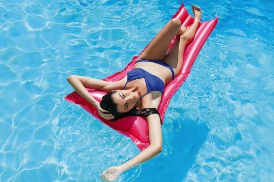 Luftmatratze Wasser Badespaß Matratze Badeinsel Rot Intex 183x69 Lounge